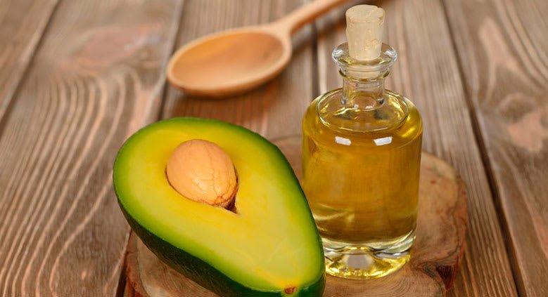 Como fazer hidratação com abacate e azeite de oliva